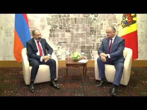 Președintele Republicii Moldova, Igor Dodon, a avut o întrevedere cu prim-ministrul Republicii Armenia, Nikol Pașinyan