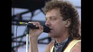 Video Foreigner - I Want To Know What Love Is (Live at Farm Aid 1985)