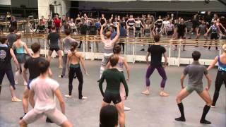Video The Royal Ballet Full Class - World Ballet Day 2014 MP3, 3GP, MP4, WEBM, AVI, FLV Juni 2019