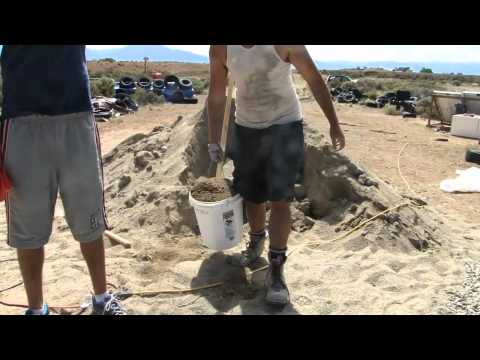 How to Mix Cement Mortar for a Can Wall