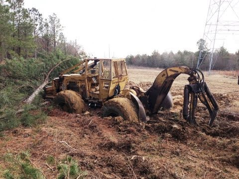 Stuck the Caterpillar Skidder... in 3 Feet of Mud!!