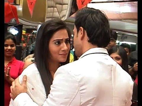 Video Meri Bhabhi : Valentine's Day special download in MP3, 3GP, MP4, WEBM, AVI, FLV January 2017