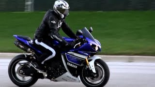 7. 2013 Yamaha YZF R1 Ride By - Yamaha R1 Sound Crossplane I4 Engine  - Yoshimura Carbon Fiber Exhaust