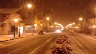Filmagem feita por colaborador do Hotel Gramado Palace, no centro de Gramado, durante neve na temporada de inverno 2013.