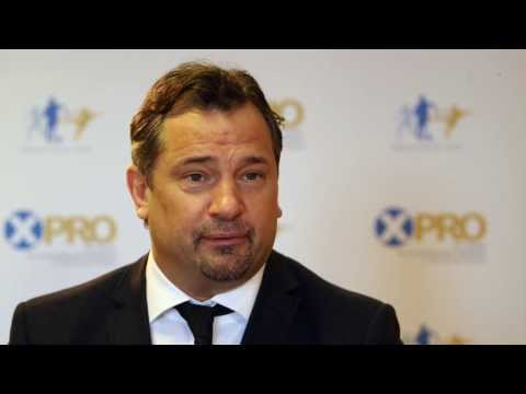 Video: World's best footballers are not overpaid - Dean Holdsworth