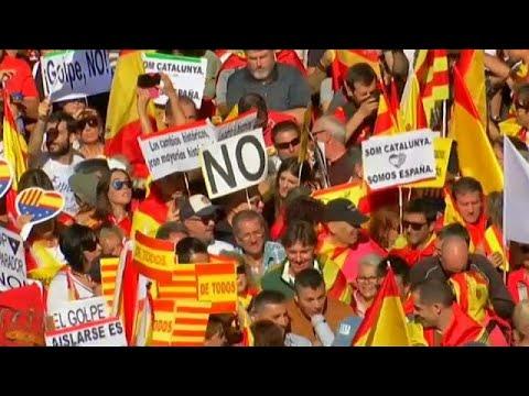 Barcelona: Mehr als 350.000 Menschen für den Zusamm ...