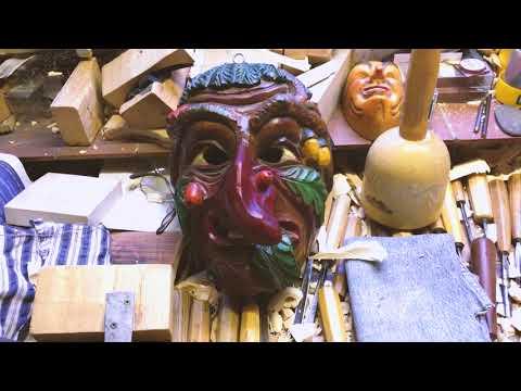 Fasnet: So entstehen die Narrenmasken in Mettenberg (Bi ...