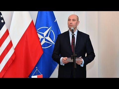 Umowy offsetowe podpisane - wystąpienie sekretarza stanu S. Chwałka