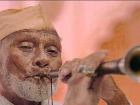 Raag Bhairavi on Shehnai by Ustad Bismillah Khan
