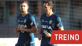 Rhodolfo e Léo Duarte treinaram com bola pela primeira vez no campo 4 do CT. No mesmo campo, a equipe realizou treino físico e tático.---------------Seja sócio-torcedor do Flamengo: http://bit.ly/1QtIgYl---------------Inscreva-se no canal oficial do Flamengo. Vídeos todos os dias.--- Subscribe at Flamengo channel, a 40-million-fans nation. Join us!