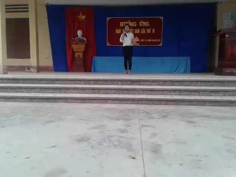 """Phạm Thị Thanh Thảo - Giới thiệu cuốn sách """"Tuổi thơ dữ dội"""""""