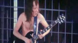 Download Lagu AC DC Guitars game between Malcolm and Angus Young Mp3