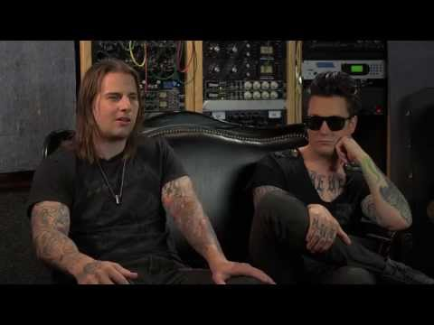 Avenged Sevenfold - Shepherd of Fire (Commentary)