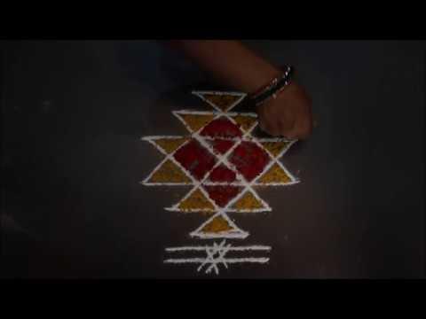 Video Lakshmi Kubera Kolam, LAkshmi Kubera Muggu, Lakshmi Kubera Rangoli download in MP3, 3GP, MP4, WEBM, AVI, FLV January 2017