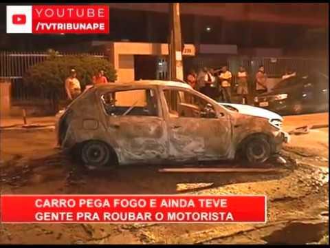 [RONDA GERAL] Carro fica destruído após pegar fogo no bairro da Iputinga, Recife