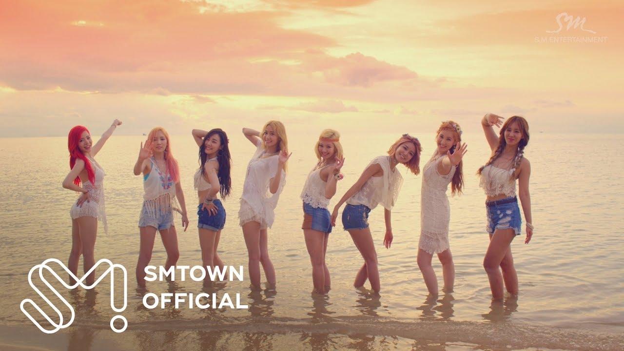 Escuchar Girls' Generation 소녀시대_PARTY_Music Video