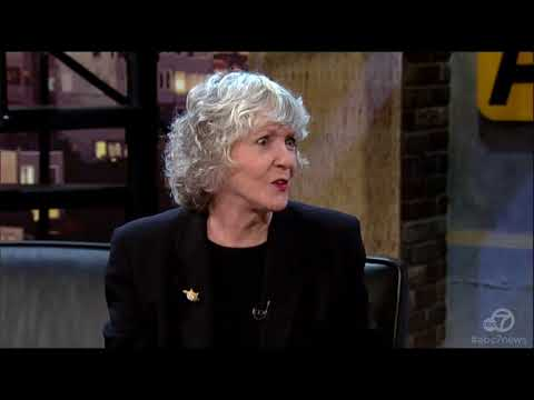 Best-selling mystery writer Sue Grafton dies at 77