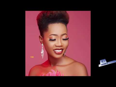 OMO IBADAN CELEBRATES HER BIRTHDAY IN GRANDSTYLE WITH NICE OUTFITS.