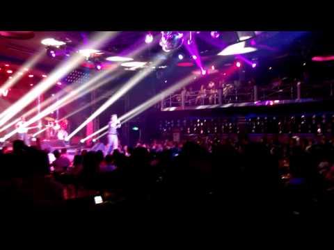 Live Show Đàm Vĩnh Hưng