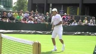 Roger Federer practice court Wimbledon 2009. All filmed by me.