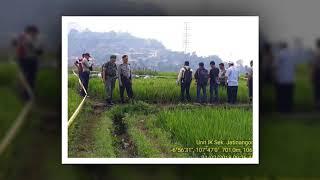 Video Siswa SMK di Sumedang Ditemukan Tewas di Tengah Sawah dengan Jeratan di Leher MP3, 3GP, MP4, WEBM, AVI, FLV Desember 2018