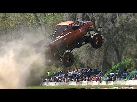 Off-road rig catches air in amateur freestyle event