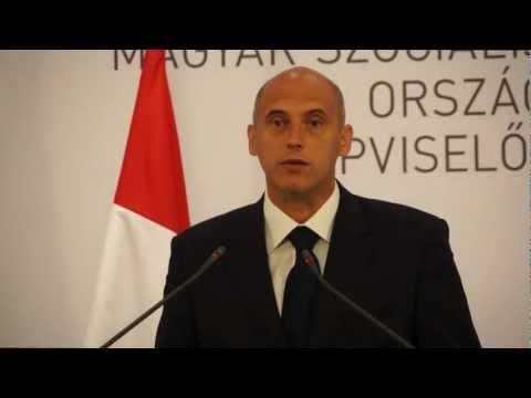 Jog- és létbizonytalanság van Magyarországon