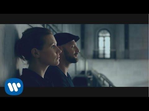 Tekst piosenki Mikromusic - Bezwładnie po polsku