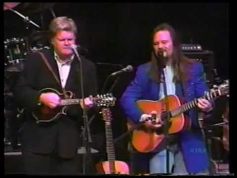 Tritt - Travis Tritt and Ricky Skaggs jam to a little bluegrass tune, Man of Constant Sorrow.