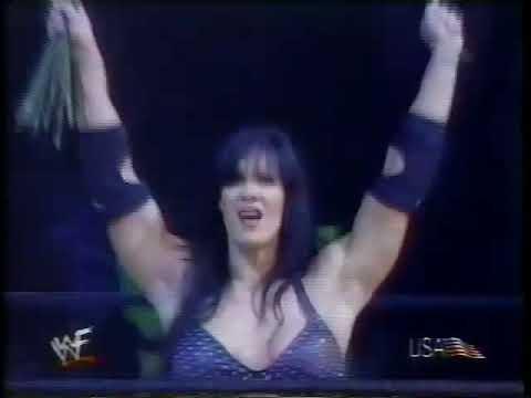 Chyna (w/ Eddie Guerrero) vs. Val Venis (w/ Trish Stratus) (07 30 2000 WWF Sunday Night Heat)