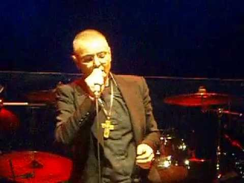 SINEAD O'CONNOR- the wolf is getting married [Rome,Italy 7.04.2013]