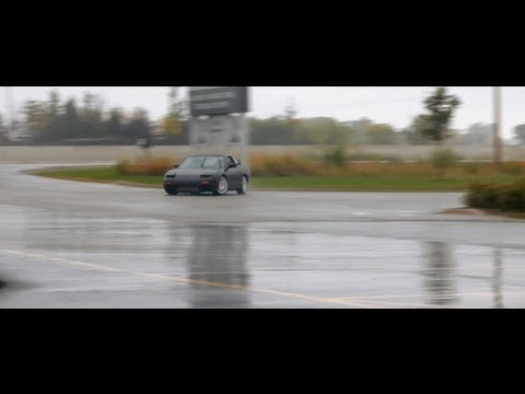 240sx - Rainy day messing with the 240. Filmed with the Gopro and T2i.