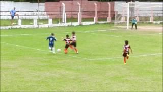 Partida de futebol entre Flamengo Esporte Clube e Estrela-Cruzeiro, pelo Campeonato Mineiro Imef, categoria 2007. Vitória do Estrela por 6x2, jogo realizado ...
