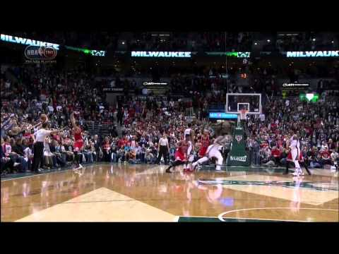 Jerryd Bayless buzzer-beater game-winner layup: Chicago Bulls at Milwaukee Bucks Game 4