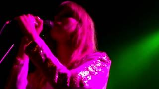 "CHROMATICS ""LOOKING FOR LOVE"" @ Arena Wien (High Quality) HD"
