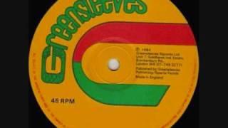 Download Lagu Yellowman   Zungguzungguguzungguzeng Mp3
