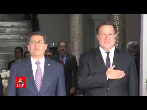 Presidente hondureño Juan Orlando Hernández visita Panamá