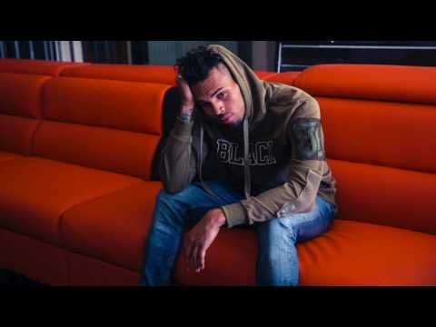Chris Brown – She Aint With You Now