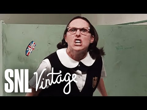 Mary Katherine Gallagher Wants to Join a Gang - SNL
