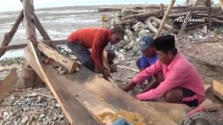 Video Cara Nelayan Madura Membuat Perahu MP3, 3GP, MP4, WEBM, AVI, FLV September 2018
