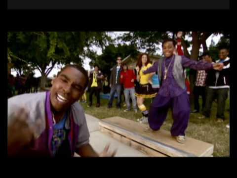 Zeke and Luther -  Music Video