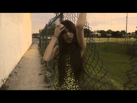Avril Lavigne – Nobody's Home cover by Sabrina Vaz