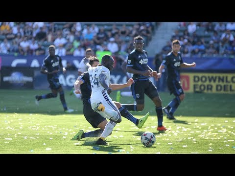 Video: CLOSE! LA Galaxy have multiple good chances to open the scoring