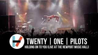 Nonton Twenty One Pilots   Holding On To You  Live At Newport Music Hall  Film Subtitle Indonesia Streaming Movie Download