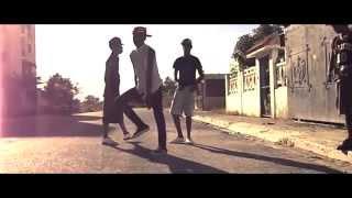 Los Mini Chukis Dembow (2013) Full HD