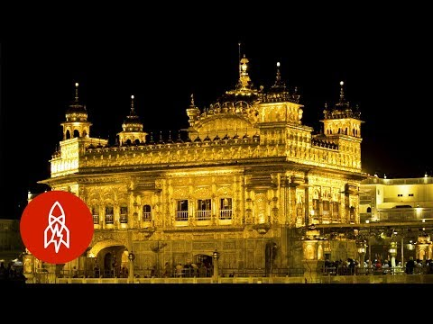 India's Golden Temple Feeds 100,000 People Every Day