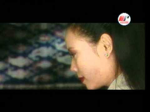 Patah Hati - Dewi Yull
