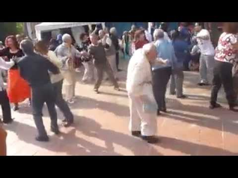Old Man Dancing! YAY!!