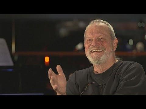 Ο εμβληματικός σκηνοθέτης Τέρι Γκίλιαμ μιλάει για την όπερα, τις ταινίες και την καλλιτεχνική ζωή…