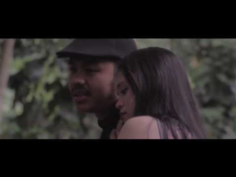 TATA JANEETA Feat MAIA ESTIANTI - Sang Penggoda (Music Video Cover)